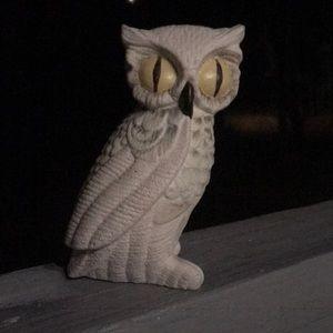 Cute little ceramic Snowy Owl figurine